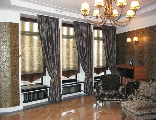 Соединение классических элементов и современных фактур, цветов, оттенков создает неповторимый образ этой квартиры. Элегантно и со вкусом.