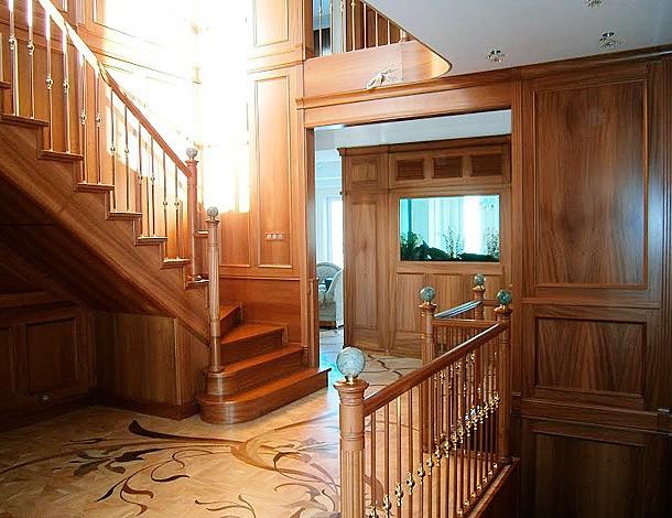 Дом, в котором хозяева воплотили все свои мечты и фантазии. Текстиль лишь наполнил интерьер цветом и новыми фактурами, завершил образ каждого помещения.
